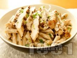 Паста пене със сметана и печено пилешко месо - снимка на рецептата